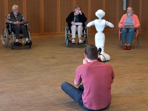 """Seniorenzentrum """"Gute Hoffnung"""" Kompetenzzentrum AriDA - Assistenzrobotik in Demenz und Autismus"""